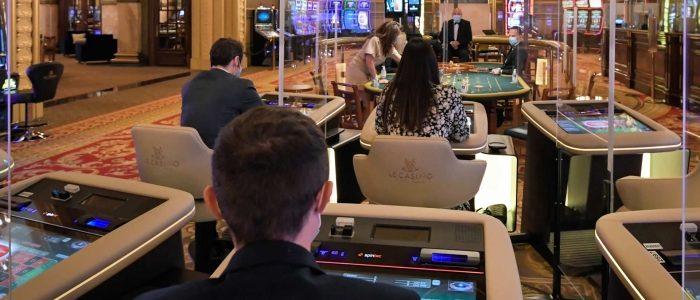 Spintec mengintegrasikan tabel roulette Prancis langsung dengan stasiun bermain yang berdiri sendiri