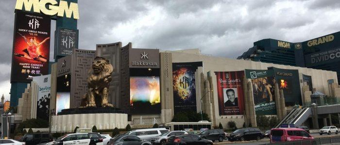 MGM Resorts akan memecat 'mayoritas besar' staf hiburan, divisi olahraga