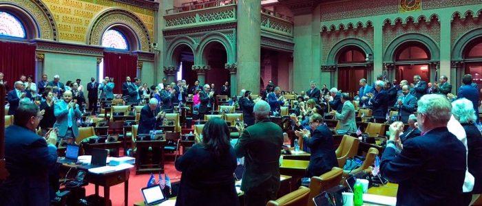 Taruhan olah raga seluler kembali ke agenda Majelis New York